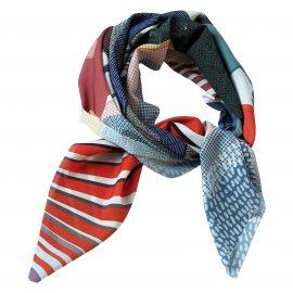 foulard POOL porté rond