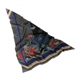 aquarium foulard triangle 1500